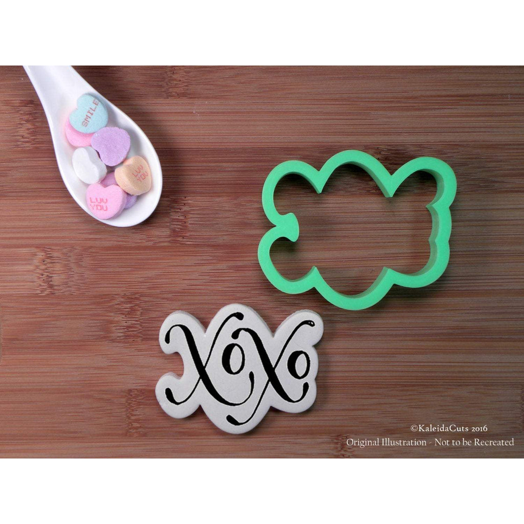 XoXo Hand Lettered Cookie Cutter