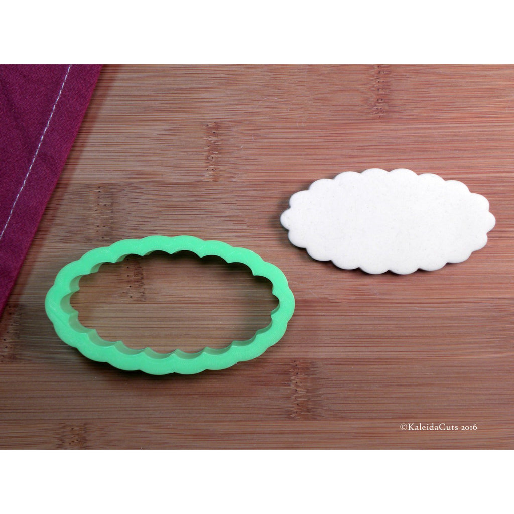 Scalloped Oval Plaque Cookie Cutter