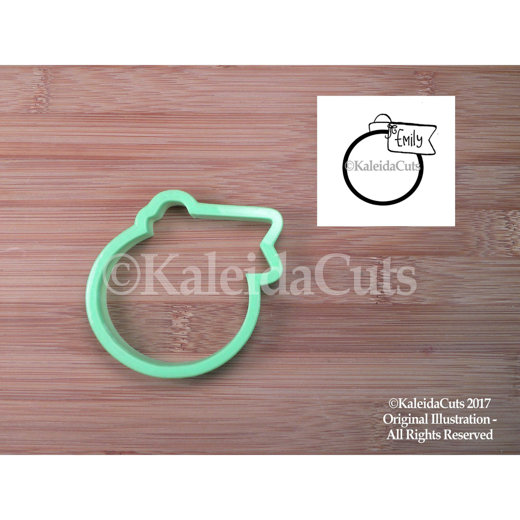 Ornament with Tag Cookie Cutter