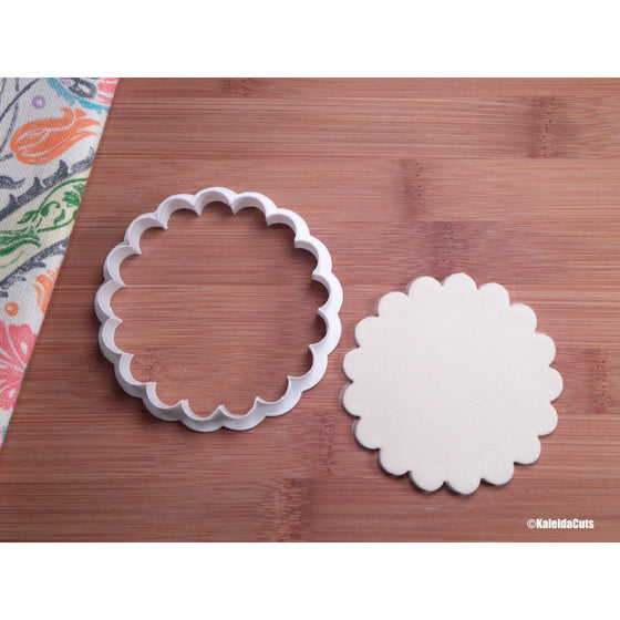 Scalloped Circle Cookie Cutter