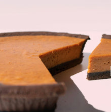 Load image into Gallery viewer, Pumpkin in Chocolate -