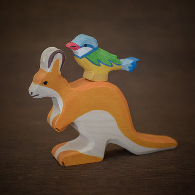 small wooden holztiger kangaroo with bird stacked