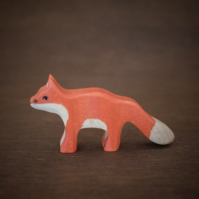 small holztiger wooden fox toy viewed from the side