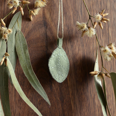 Silver Wattle Ornament - Choose Baby Colour