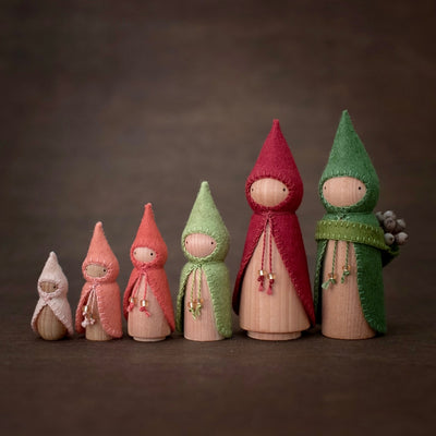 Strawberry Gnomes Build a Set