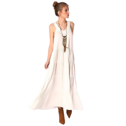 Q2 Maxi sun dress in white with V-neckline