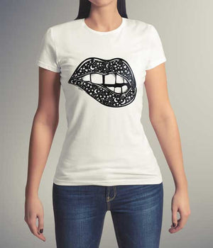 Universal Lips Surreal Women's Short Sleeve T-Shirt