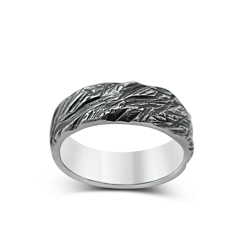 Men's ring Band carved oxid
