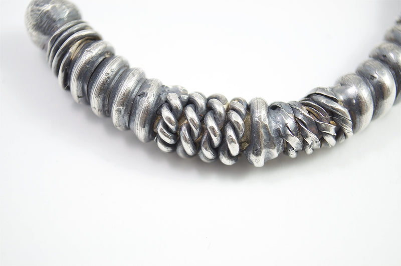 Men's bracelet Cuff twist. Detail of twisted silver structure.