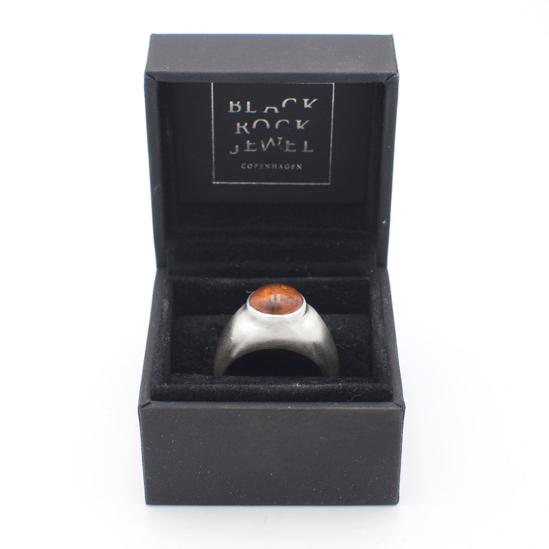 Men´s amber ring pinkie in a box