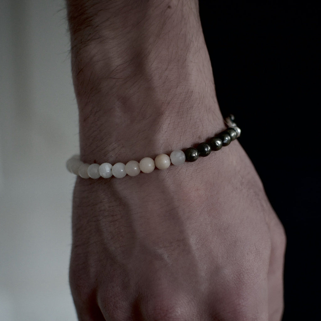 Men´s bracelet with opal and pyrite beads