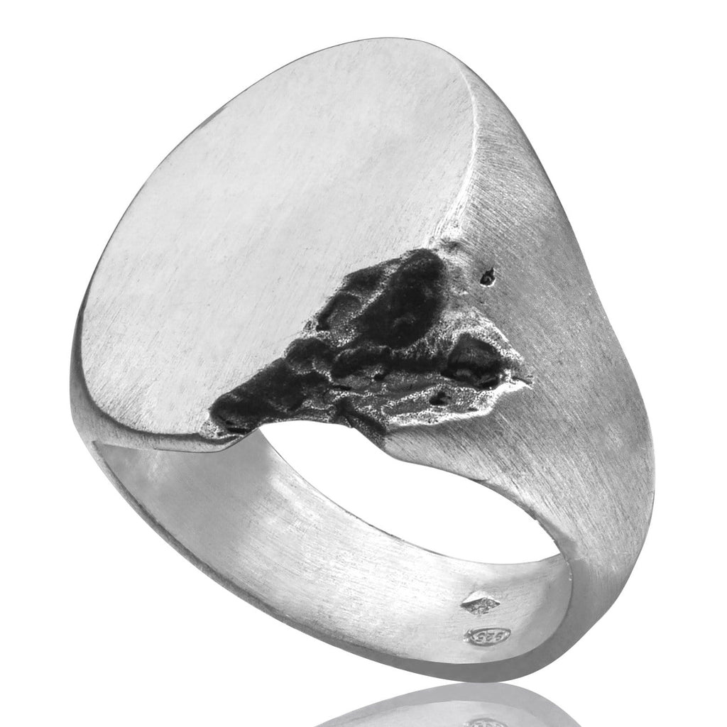 Men's ring Signet oval crunch