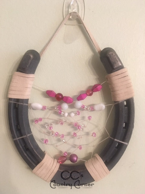 Horseshoe Dreamcatcher | Pink and White Beads
