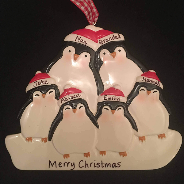 Penguin Family Decoration for 3, 4, 5 or 6 people - CalEli Gifts