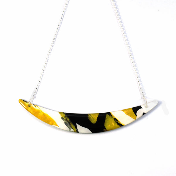 Black & Gold Curve Pendant