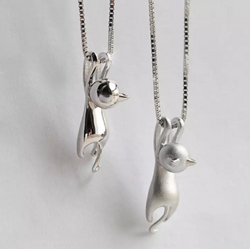 Buy Hanging Cat Necklace