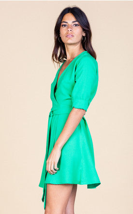 Lovely flattering wrap around dress, the belt is long so you can really cinch in the waist.  This dress is a great staple for your wardrobe, team with tights, boots and a leather jacket and your look is complete!  Model wears size 6