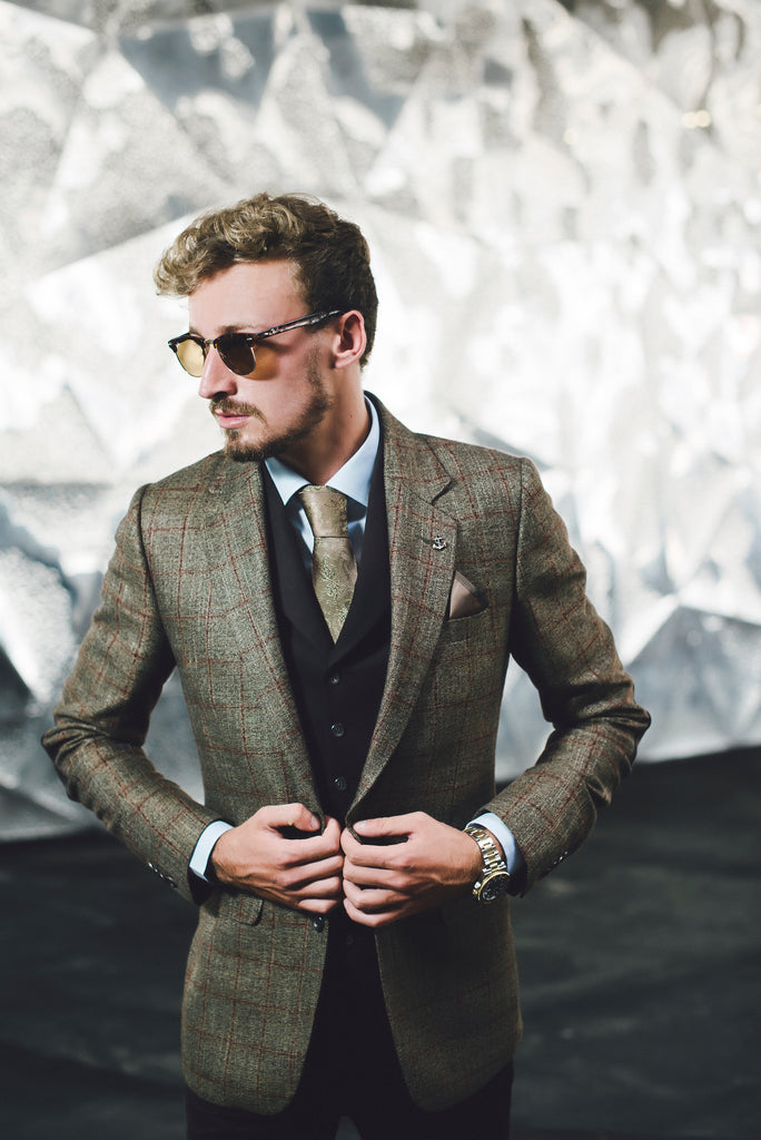 Pieter Petros ® Bespoke Outfit