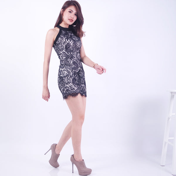 dd24e47a16 ADELIA FITTED LACE DRESS IN WHITE BLACK