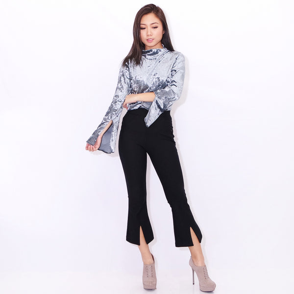566749f59e ADELAIDE SLIT SLEEVE TOP IN GALAXY SILVER