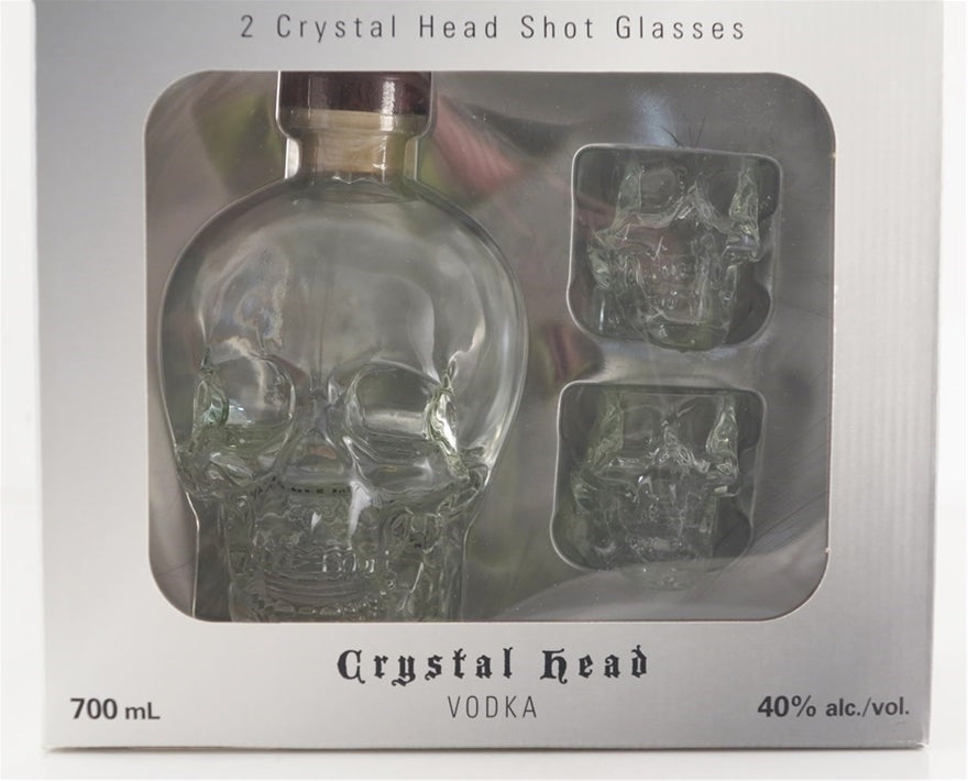 Crystal Head Vodka 0.7L (40% Vol.) gift box with 2 shot glasses