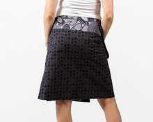 Reversible Skirt in Black Floral Print