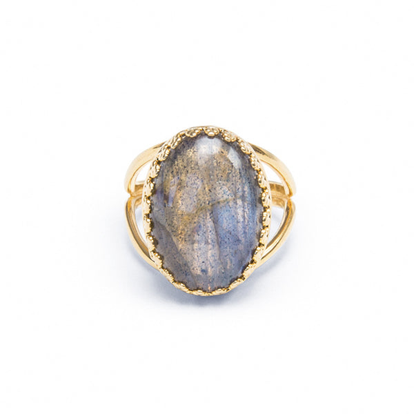 oval crown ring in labradorite by Erin Fader