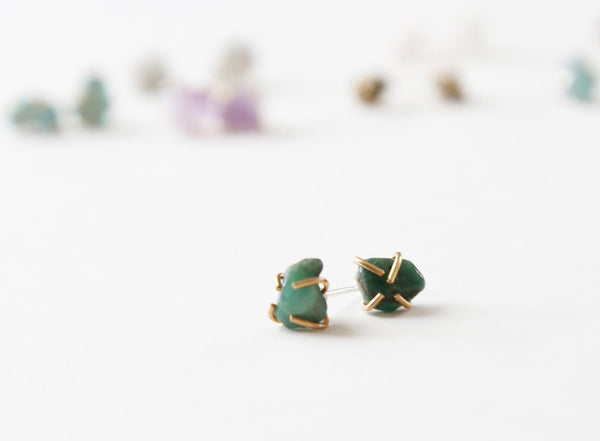 Healing gemstone stud earrings in emerald