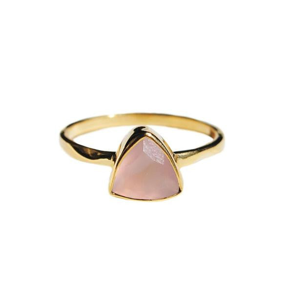 Rose quartz triangle ring