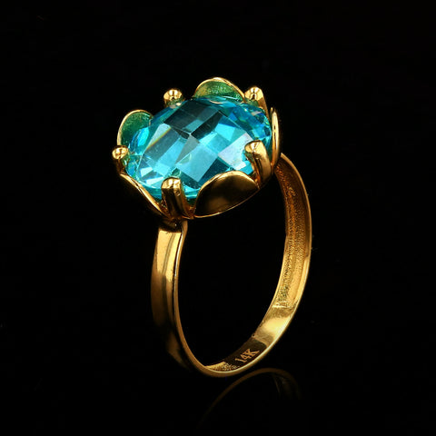 14kt Yellow Gold Fancy Woman Ring with Aqua