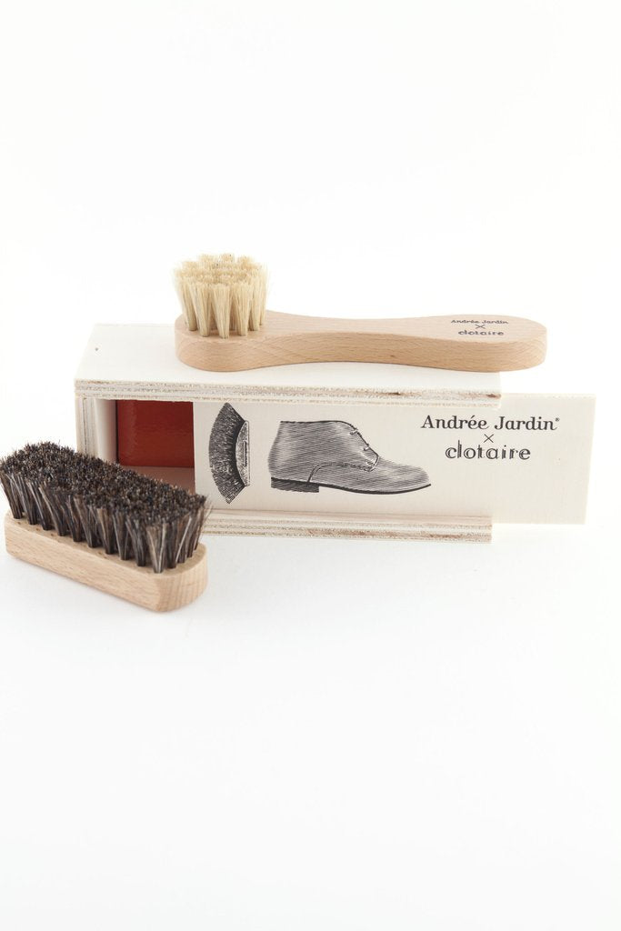 Mini Shoe Care Kit in Pencil Box