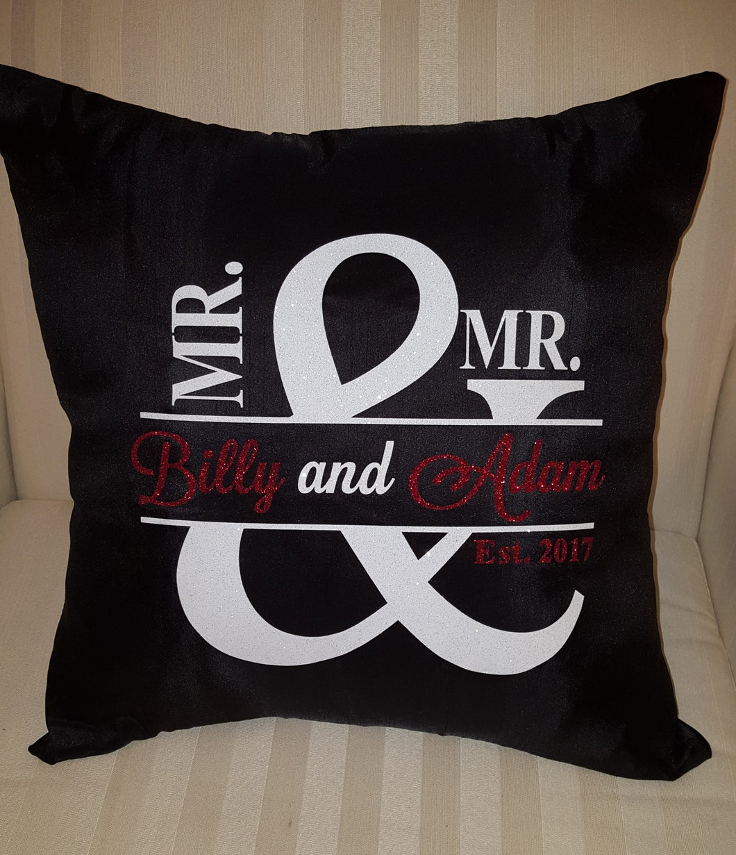 Mr and Mr(s) Pillow