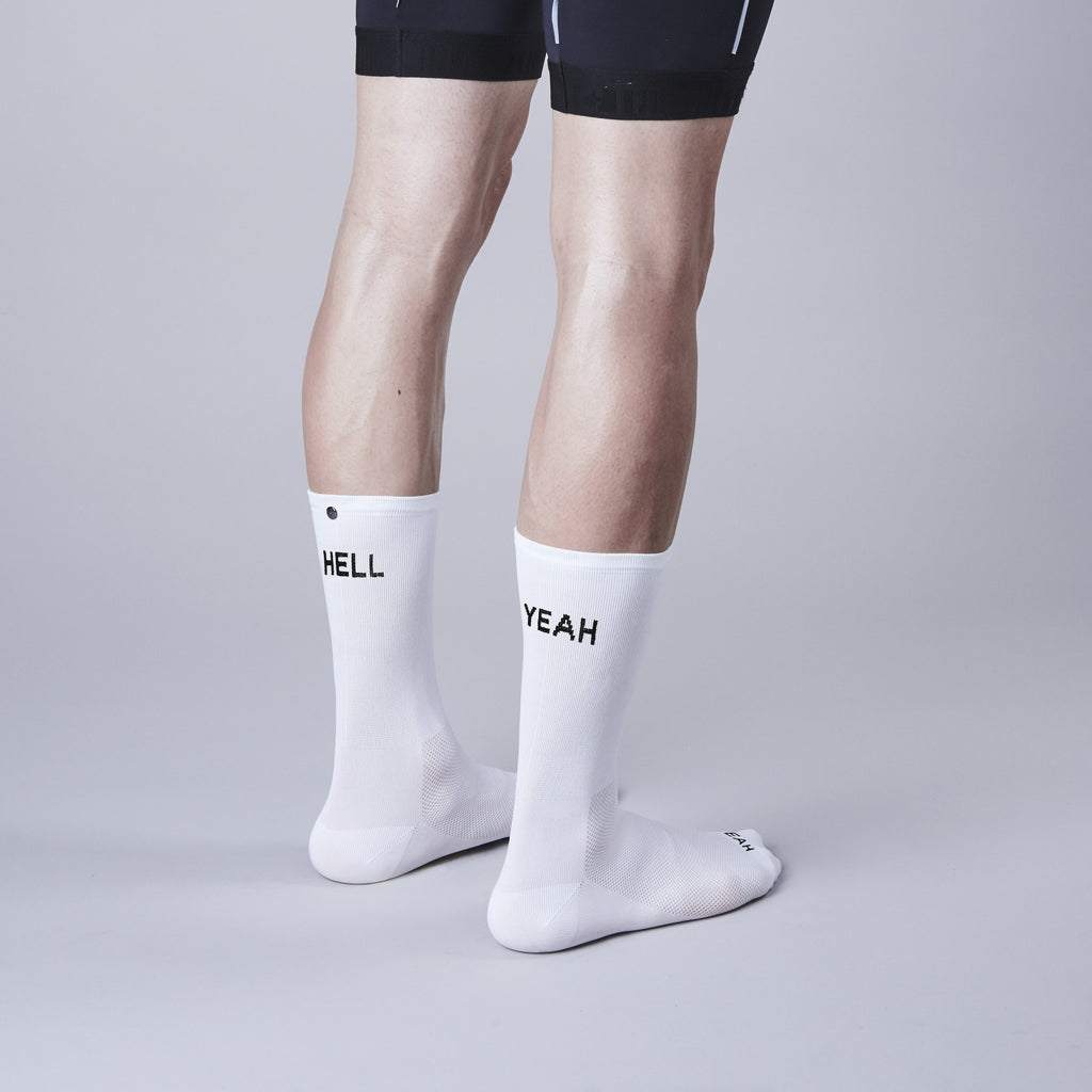 Fingerscrossed.design - Hell Yeah - White - Les Facteurs