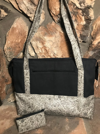 Gynormous and Gorgeous Purse / Knitting Bag