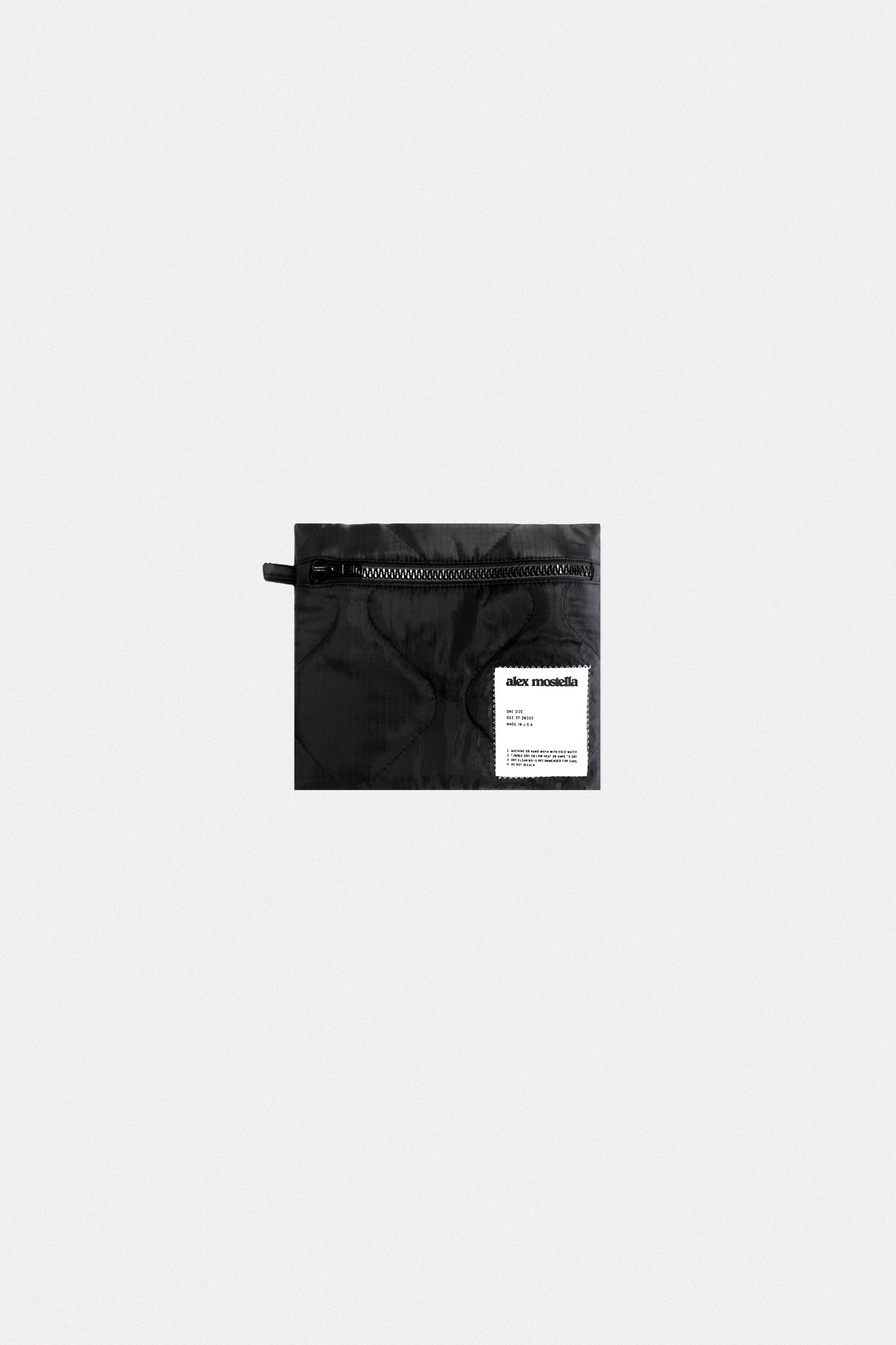 QUILTED ZIP POUCH - BLACK