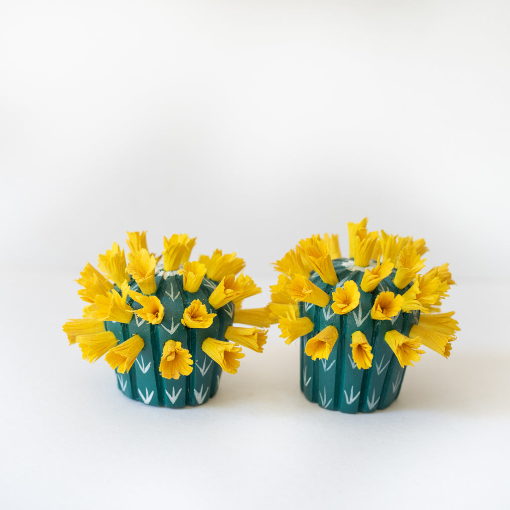 Flowering Cactus ornament - yellow