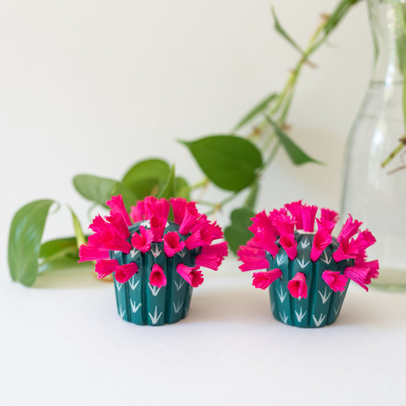 Flowering Cactus ornament - pink
