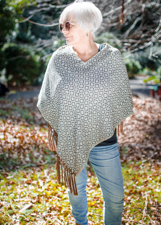 Dalia Poncho (Brown)
