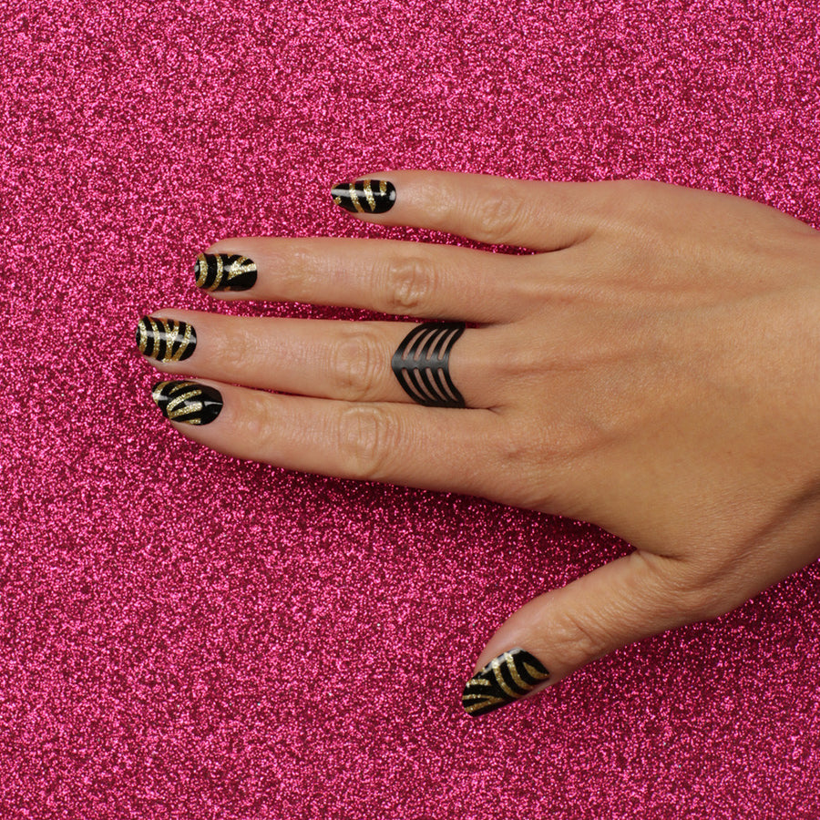 GOLDEN TIGER Nail wraps Gold and black tiger stripe