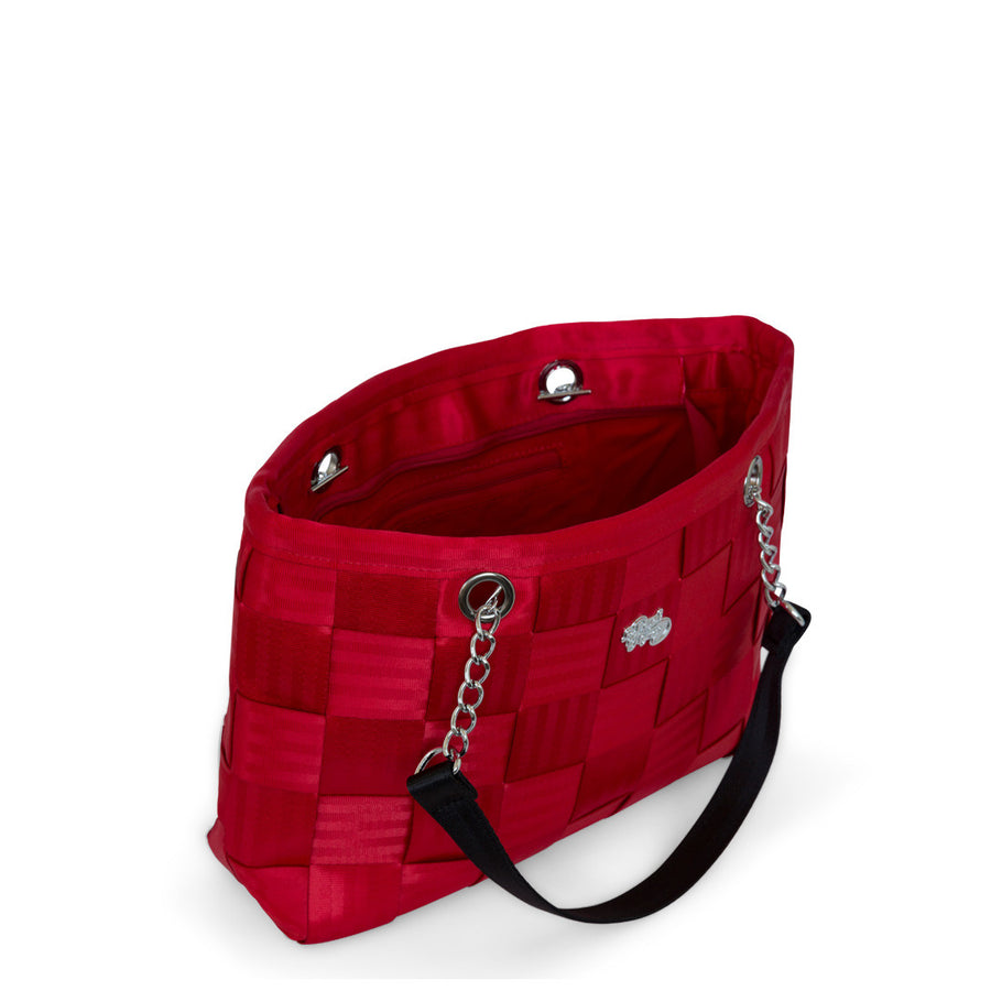 Ruby with black seatbelt bag