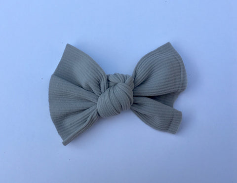 Goodness GREYcious Ribbed Babette Bow CLIP