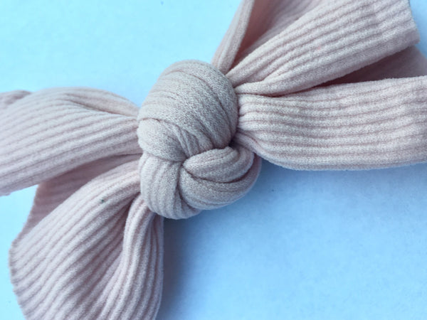 Marvelous Mauve Ribbed Babette Bow CLIP
