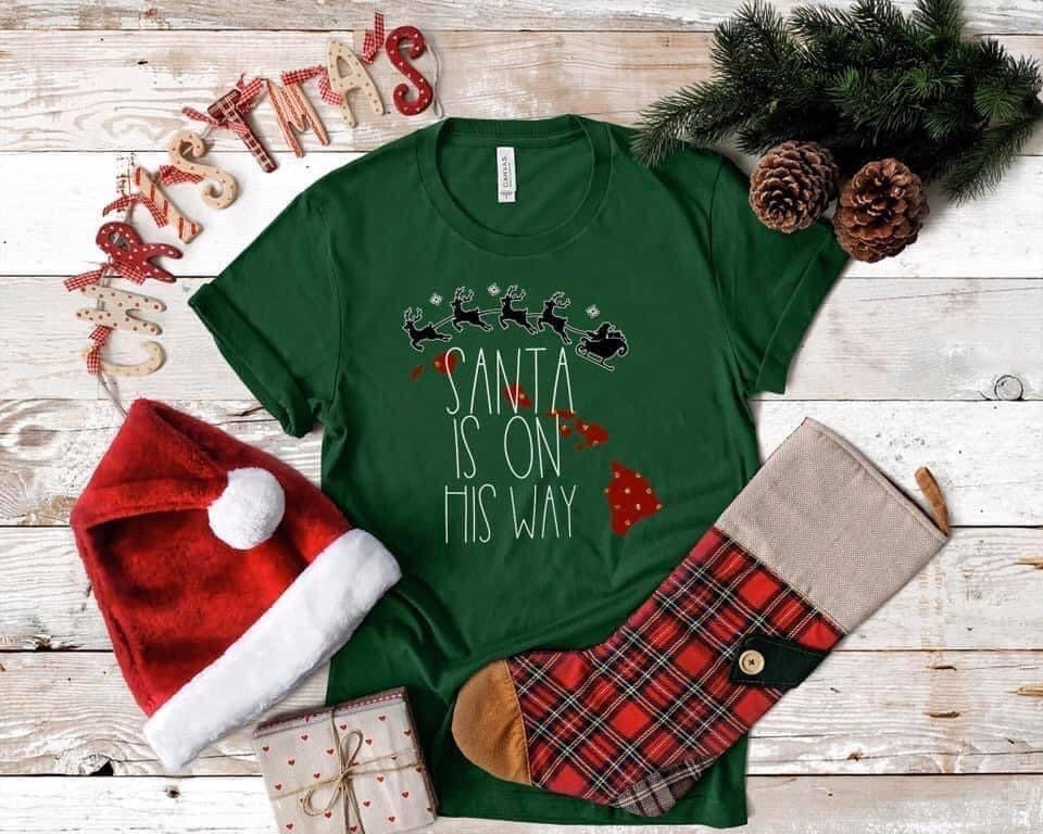 Santa is On His Way - Hawaii Island Chain Tee-Hawaii-Medium-Womens Artisan USA American Made Clothing Accessories
