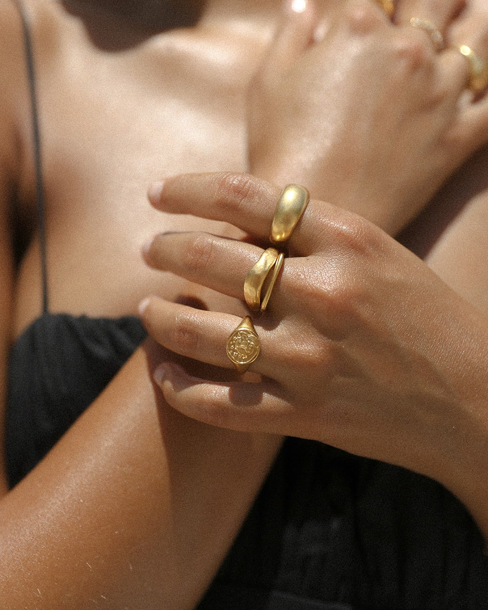 VIRGO SIGNET RING (18K-GOLD-VERMEIL)