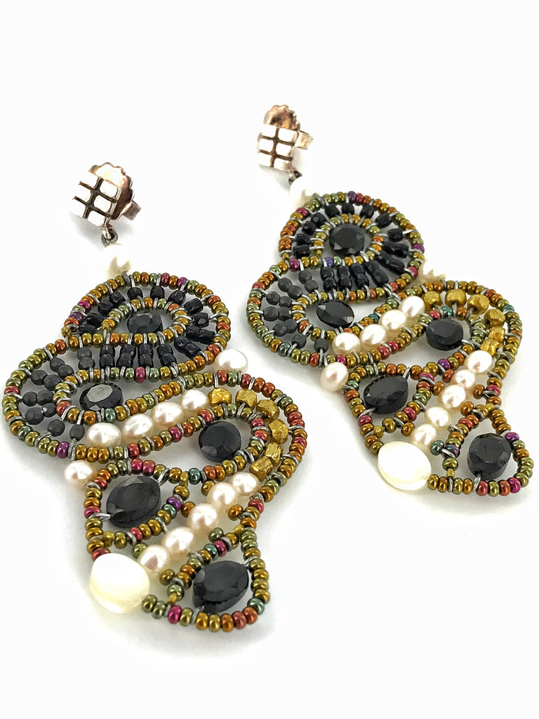 Black Onyx/Gold & Pearls Earrings