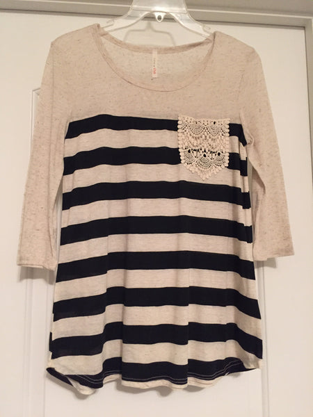 Striped lace pocket top (medium)