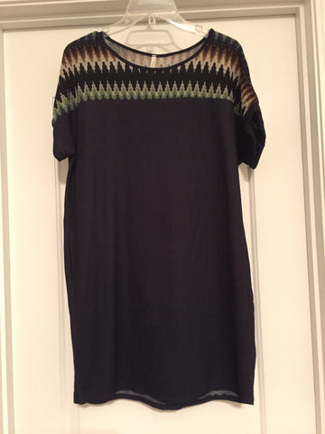 Shift dress with chevron accent (medium)