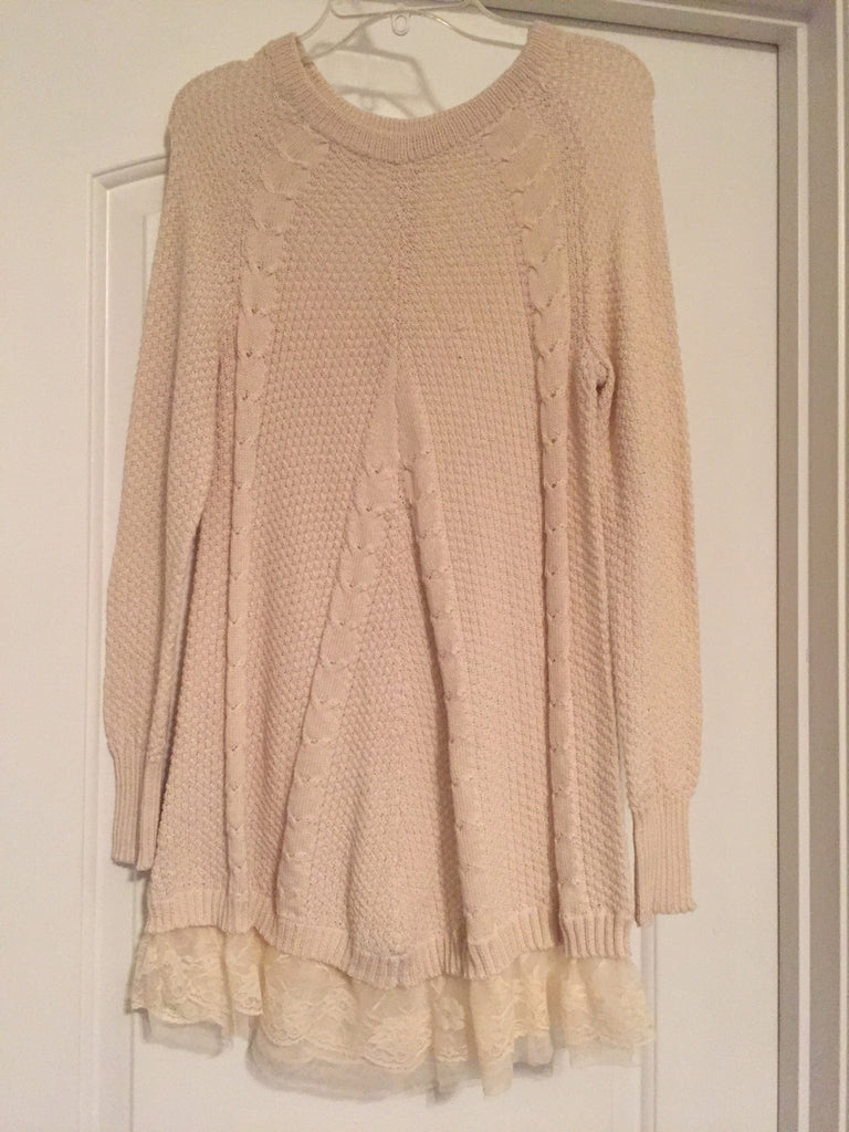 Long cream sweater (medium)