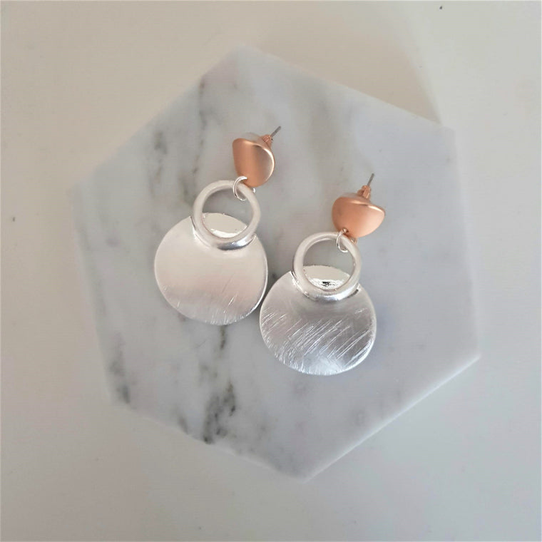 Circle drop earrings - Gold and silver