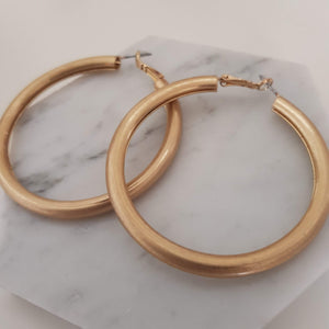 Bold hoops - Gold